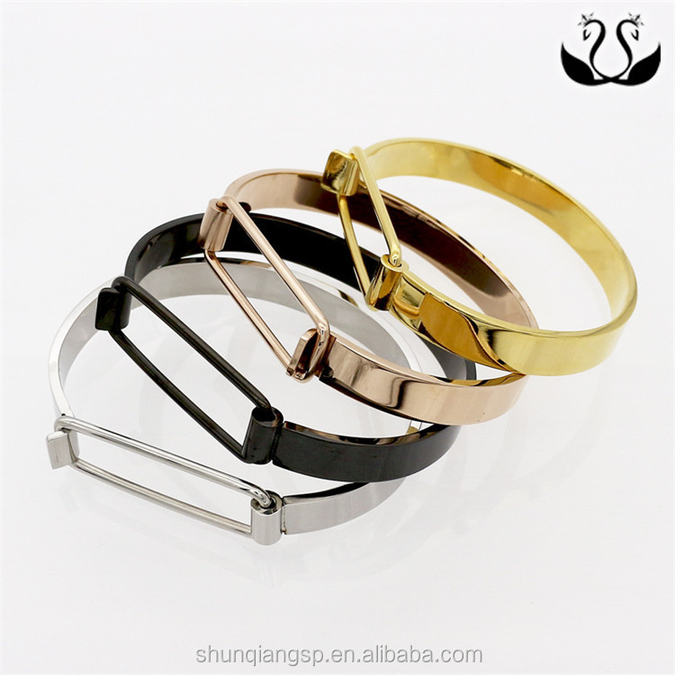 Yiwu Factory Sale Retro Personality 18K Gold Plated Stainless Steel Jewelry Bracelet