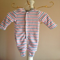 China Suppliers Cheap Baby Strips Hooded Romper