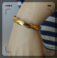 alloy fashion design gold braceletluxury bracelet