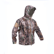 wholesale Realtree camo softshell jacket men for hunting and hiking