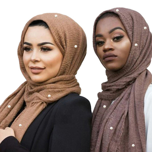 Fashion Wholesale Elegant Islamic Women Shawl Arabic Crinkle Pearl Muslim Cotton scarf hijab for women Muslim Hijab Scarf
