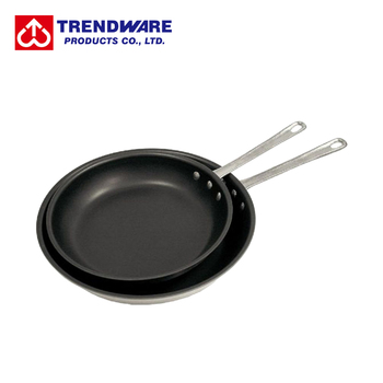 Malleable Riveted Handle Aluminum Frying Pan with Nonstick Coating