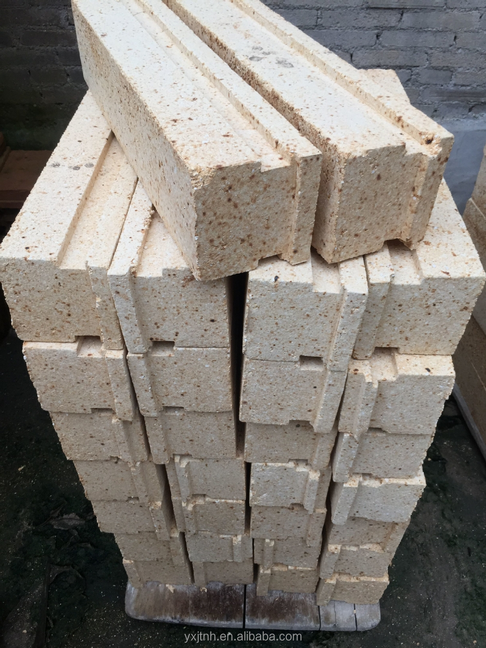 Refractory Cordierite furnace insulation material