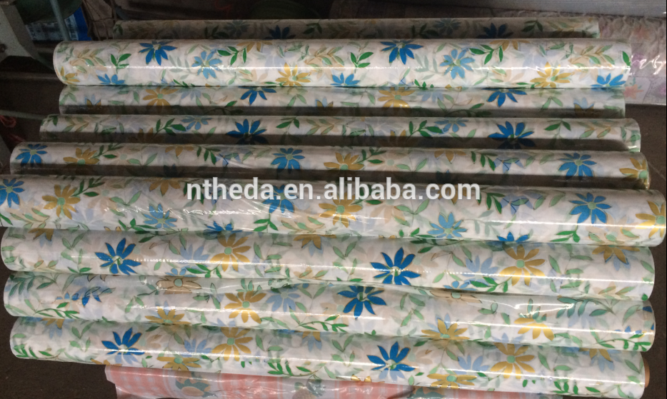 China manufacturer Printed Floral PVC Table Cloth With Good Service