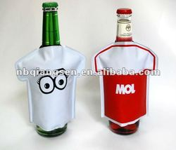 PVC T-shirt shaped can cooler