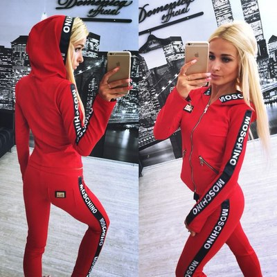 latest high quality new fashion yoga gym wear suits for ladies Wholesale Women Yoga Suits Sportswear