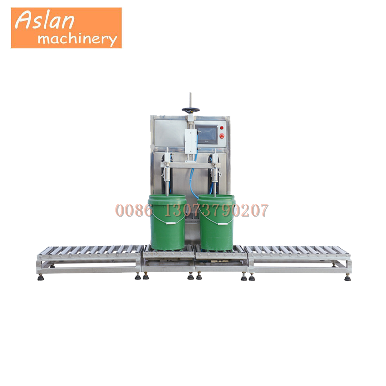 semi-automatic pesticide filling machine/fluid bottle filling machine/antifreeze filling machine