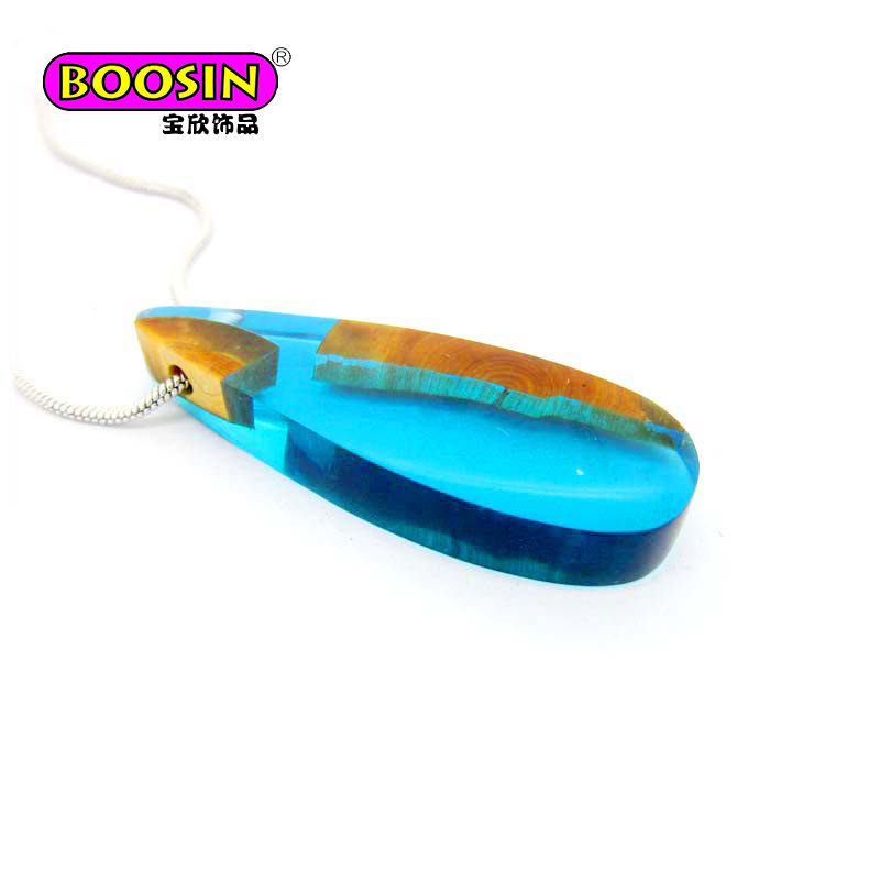 Blue men's jewelry wood resin charm necklaces manufacture