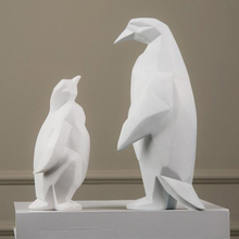 Home decorative resin penguin figurine resin animal statues for sale