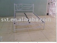 fly flower design metal bed with wood slat base