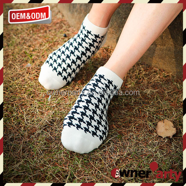 Hot selling knitted sock machine women 100% cotton foot ankle tube socks