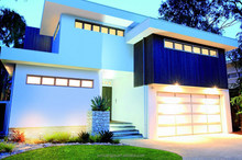 Australia Style High Quality Fast Insulation Reinforced Tempered Glass Panel Sectional Motorize Garage Door