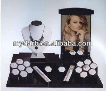 wholesale wooden jewelry stand