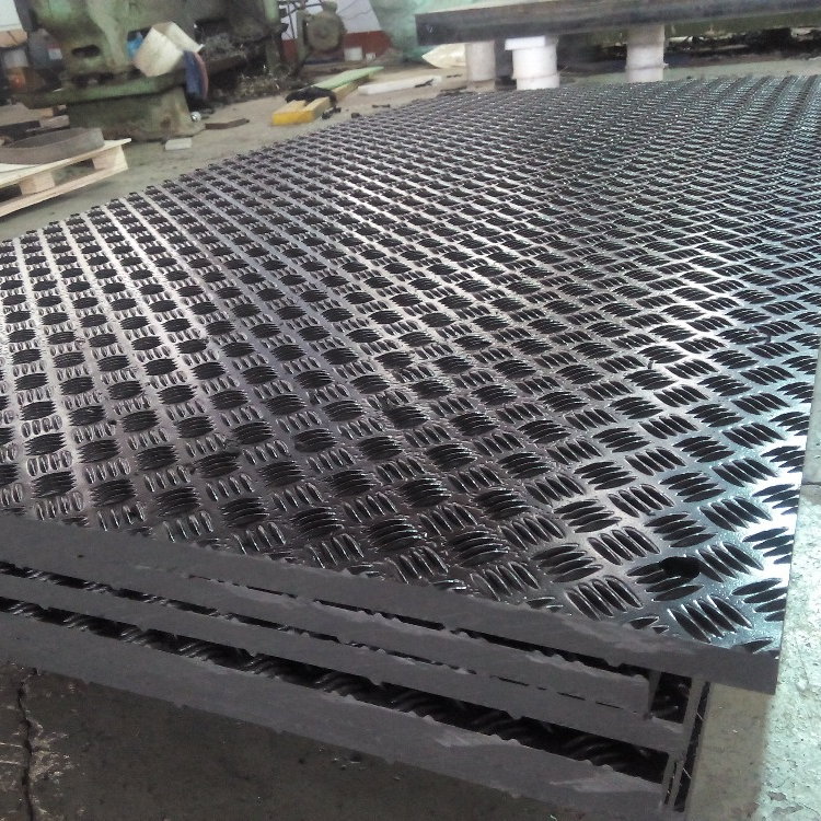 <strong>1</strong>/2'' thickness UV protection HDPE plastic polymeric sheet covering roads mats