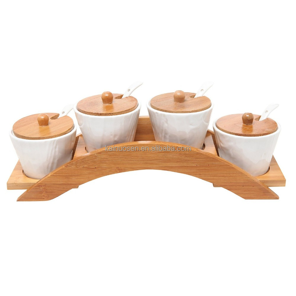 Wholesale white round chitchen ceramic canister sets with wood lid