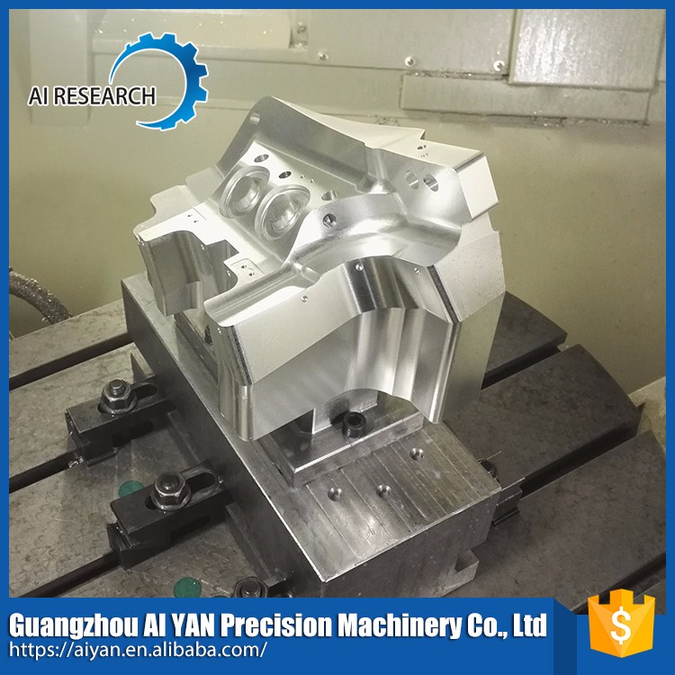 5-Axis machining center car auto spare part
