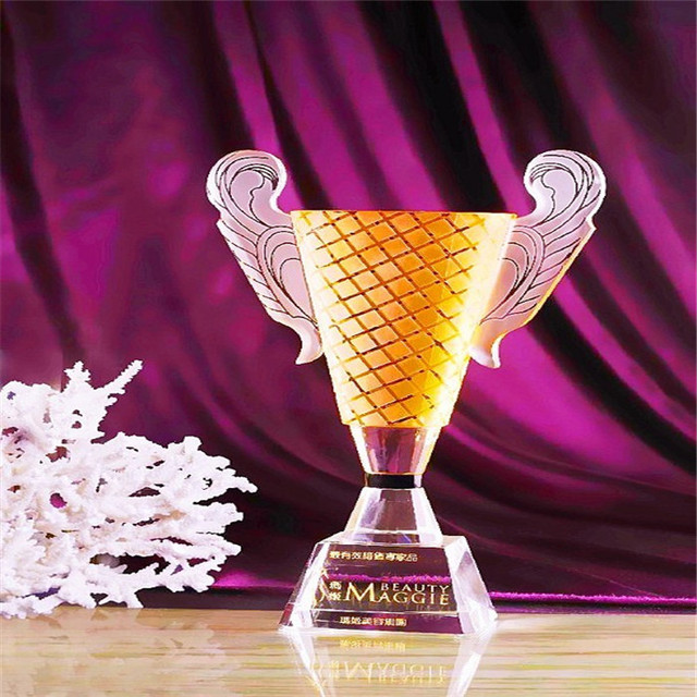 JingYaGe Newest Fashion Sport Crystal Cup Colorful Clear Yellow Decorative Design Crystal Cup Award Trophy