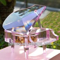 2014 Fashion Decorative Crystal glass Piano Music Box For Wedding decoration Keepsake Gifts