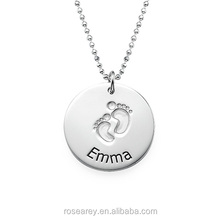 Hot sale Stainless Steel Personalized Name Stamping Engraved New Mom Gift Foot Print Baby Footprint pendant Necklace