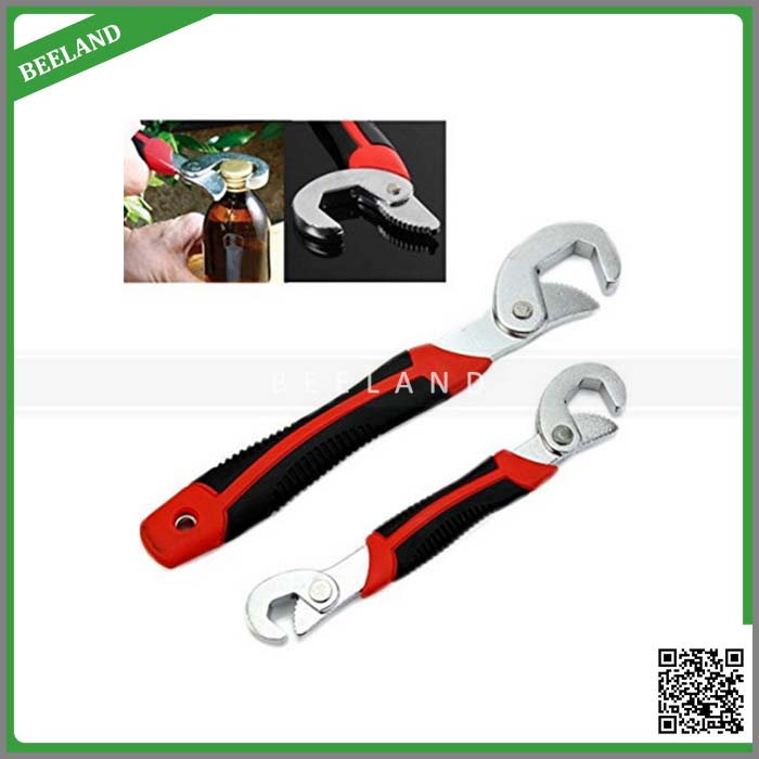 Snap N Grip multifunction universal adjustable wrench or spanner
