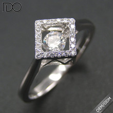 Factory price custom dancing diamond big finger rings for women