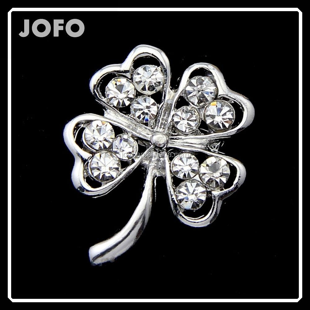 <strong>12</strong> Pcs Per Set Latest New Design Small Metal Leaves Brooch With Rhinestones Hot Sale