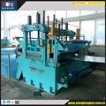 Flying shear cut to length machine
