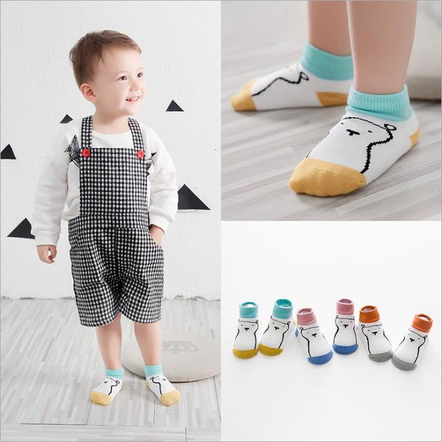 Teddy bear patterned baby socks cotton
