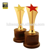 Zinc alloy trophy memento with timber base for sale