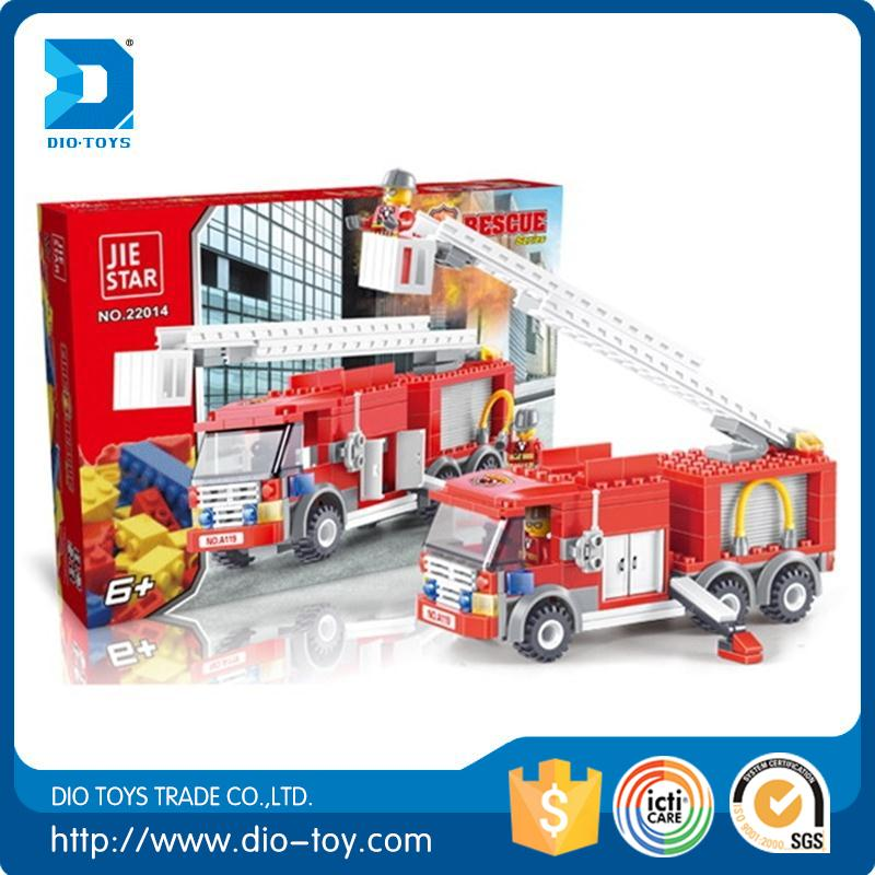 Kids toys Export Product Plastic Block Set Toy Assembly Diy Fire-fighting Truck Fire Engine Vehicle Sprinkler Bricks