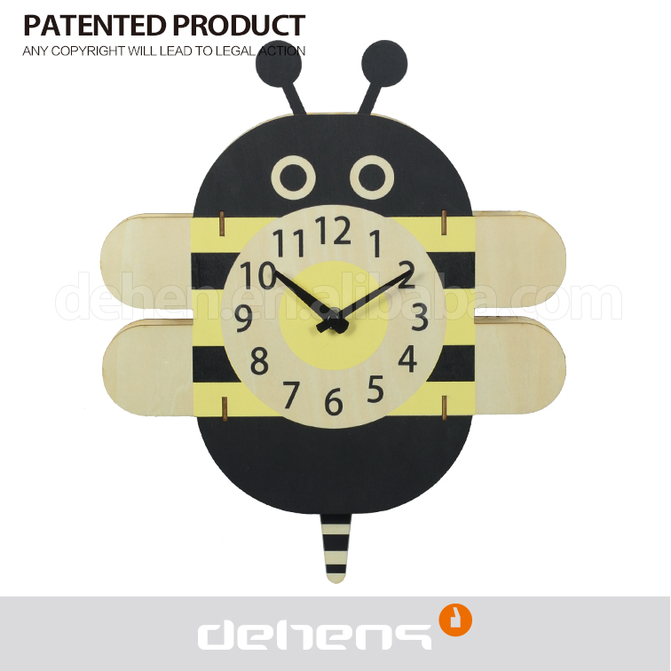 DEHENG Decorative wooden pendulum gift wall clock