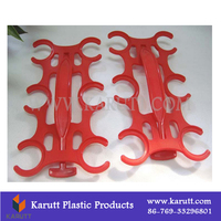Custom 6 in 1 Quality PE Plastic Bottle Holder carrier for Mineral Water and Juice