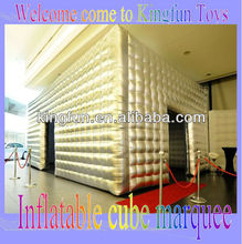 Hot sales inflatable golden cube tent/air tradshow building