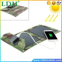 Portable Camouflage Army Style 5W Foldable Solar Charger Bag,Weatherproof USB Solar Panel External Power Bank for mobile phones