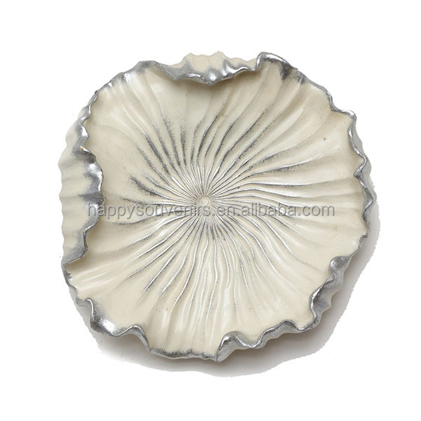Luxurious white polyresin flower hotel decorative wall art