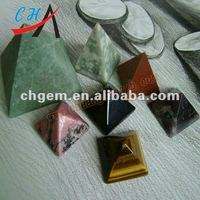 usefull natural gemstone energy crystal pyramid paperweight