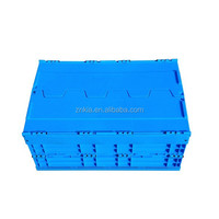 Plastic stackable folding box with cross cover