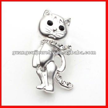 fashion cat cloth brooch