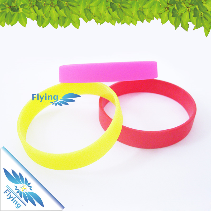 Hot Selling Products Funny Debossed Egypt Silicone Bracelet Wristband