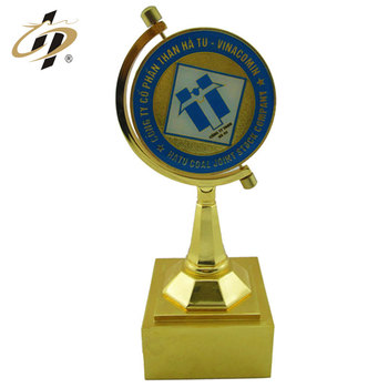 New products high quality zinc alloy gold plated custom trophy