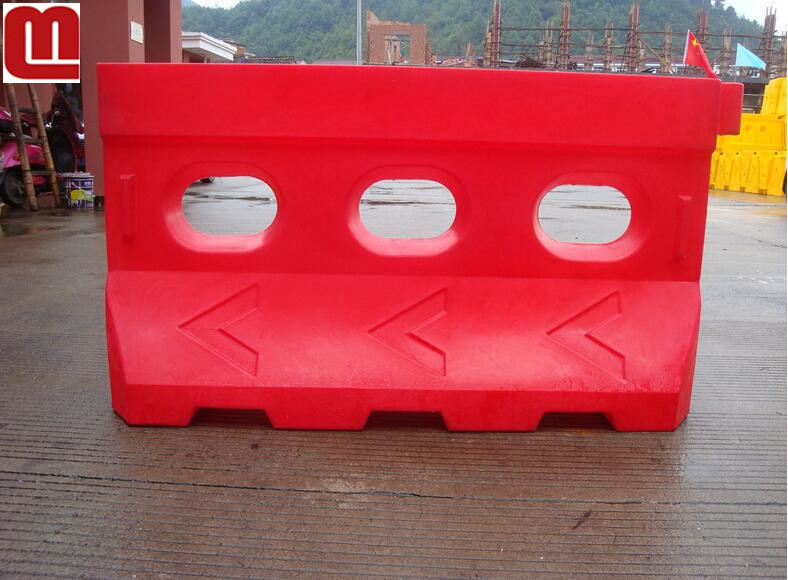Mellow Road/Water/Traffic Barrier/Road Block traffic safety barrier with fencing