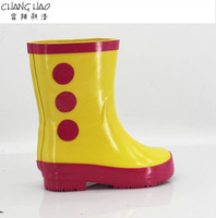 2016 New Design Rubber Rain Boot For Children yellow ground has rose red dots patch