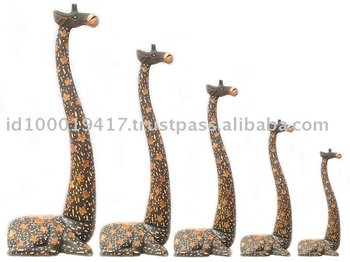 Sitting Giraffe Wood Carving Set
