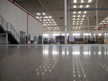 Wear Resistance Epoxy Based Coating For Concrete Floor Decoration
