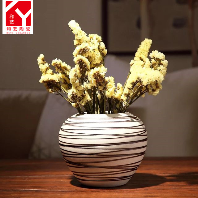 Modern Chinese home decor ceramic wholesale flower vase with holes