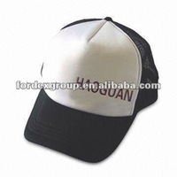 Flat Brim Trucker Mesh Cap with Brass Buckle and Metal/Plastic Adjustable Buckle Fittings
