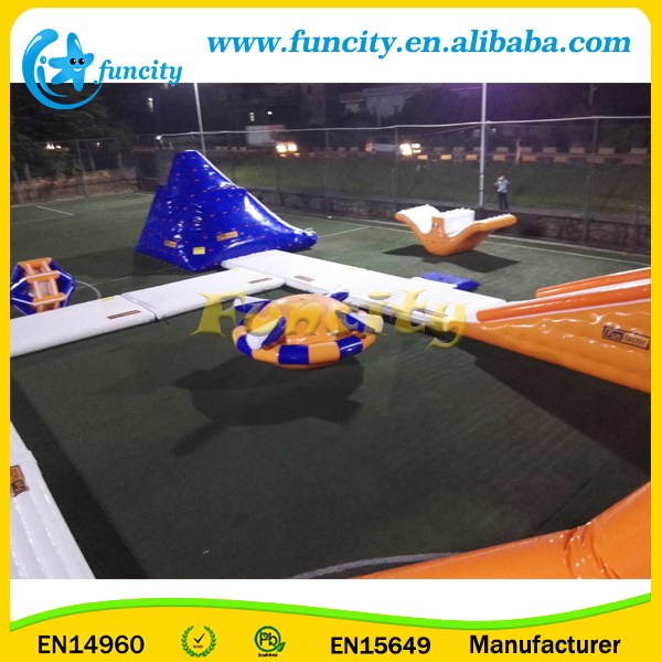 Seashore commercial giant inflatable water park/lake floating water games/inflatable water obstacle course for resort