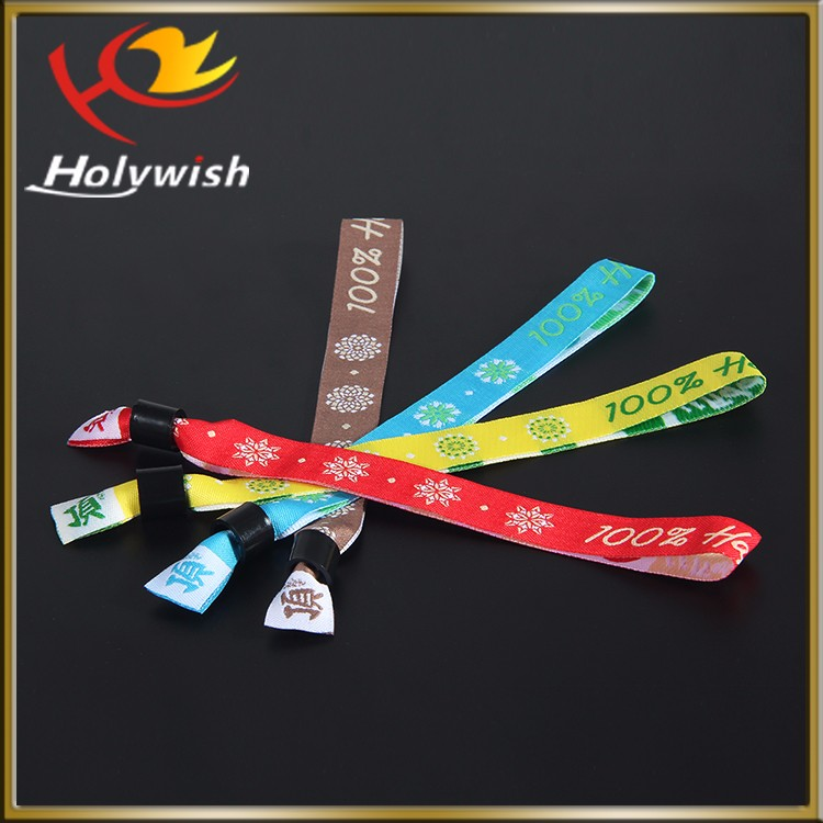 Fashion style plastic clip fabric event wrist band with woven logo