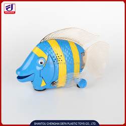Promotional robotic fish toy with music for kids