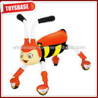 Free wheel toy vehicle